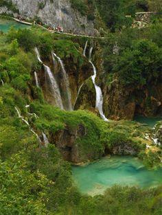 Waterfalls in Plitvice Lakes National Park, Croatia (by MARIUS)
