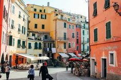 Vernazza in Cinque Terre, Italy - The Photo Diary! [4 of 5] - Hand Luggage Only…
