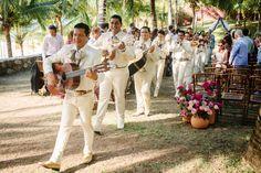 Tietiare Estate Wedding // Sayulita, MexicoTaryn Baxter Photographer