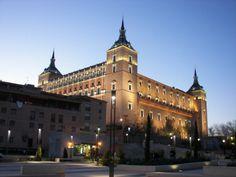 Alcázar de Toledo #toledo #viajes Cathedral, Spain, Europe, Mansions, House Styles, Grande, Photography, Travel, Live