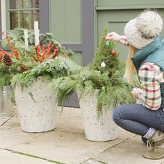 Outdoor Christmas Planters, Christmas Urns, Front Door Christmas Decorations, Christmas Garden, Winter Christmas, Christmas Crafts, Outdoor Planters, Planters For Front Porch, Christmas Porch Ideas