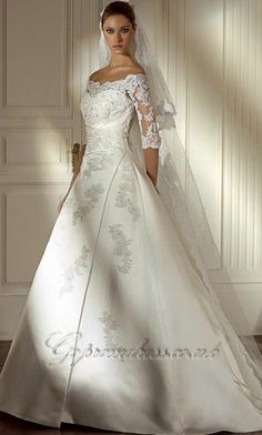 Beautiful wedding dress with sleeves! Totally love it!