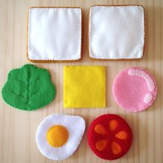 27 Super Ideas for toys baby handmade Sewing For Kids, Diy For Kids, Crafts For Kids, Baby Crafts, Felt Crafts, Handmade Baby, Handmade Toys, Felt Food Patterns, Felt Fruit