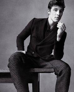 4,923 отметок «Нравится», 42 комментариев — Shawn Mendes Updates (@shawnmendesupdates1) в Instagram: «Shawn posing for @vman Magazine • •…»