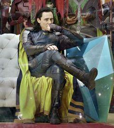 Loki and thor. Loki Laufeyson, Loki Thor, Tom Hiddleston Loki, Thomas William Hiddleston, Captain Marvel, Marvel Avengers, Loki God Of Mischief, Marvel Comic Universe, Marvel Cinematic Universe