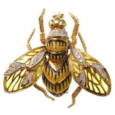 CORLETTO Plique-a-Jour Enamel Diamond Gold Bee Pin Brooch | 1stdibs.com
