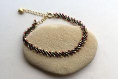 Beaded garland bracelet