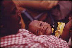 vintage everyday: Everyday Life of the African-American Community in Chicago in the early 1970s through John H. White's Lens