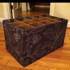 Fabric box for my shoes! Love this idea, my closet is a mess with shoes and this would help organize them :) Diy Storage, Storage Boxes, Shoe Storage, Space Crafts, Fun Crafts, Packing To Move, Fabric Boxes, Diy Paper, Paper Craft