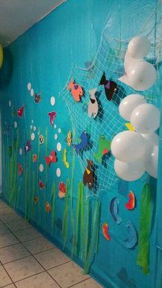 "Under the sea""🐳 Class Decoration, School Decorations, Birthday Party Decorations, Party Themes, Under The Sea Theme, Under The Sea Party, Underwater Birthday, Under The Sea Decorations, Art For Kids"