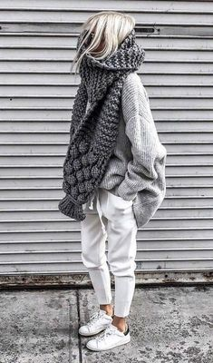 Casual comfortable knitted autumn outfit two-piece. , : Casual comfortable knitted autumn outfit two-piece. Cozy Fall Outfits, Winter Fashion Outfits, Look Fashion, Autumn Winter Fashion, Womens Fashion, Fall Winter, Casual Winter, Winter Scarf Outfit, Fashion Clothes