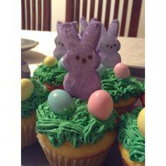 Easter cupcakes (peeps and buttercrea)