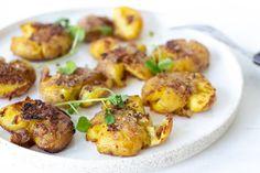 Naan, Baked Potato, Appetizers, Potatoes, Dessert, Snacks, Chicken, Baking, Ethnic Recipes
