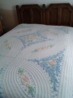 Vintage Chenille Bedspread, cotton bedspread, shabby cottage, full queen 1950, white pink blue green, shabby chic by colonialcrafts