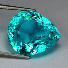 11.03cts - pear - vvs - 100% natural - brazilian paraiba gem! Beautiful colored Gem!#crystalline#slise#gemstone,mineral,geodes,presious