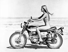 The Honda featured in 'Vanishing Point'. No helmet: seems risky.
