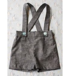 Free pattern: Vintage-inspired baby boy suspender shorts