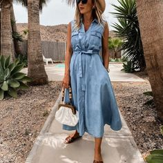 Material : Cotton Blend, Denim Color : Blue Style : Casual Pattern : Solid Color The post Casual Sleeveless Single-Breasted Denim Midi Dress appeared first on Power Day Sale. Denim Midi Dress, Denim Shirt Dress, Shirt Sleeves, Robe T-shirt Large, Style Bleu, Br Style, Womens Swing Dress, Sleeveless Denim Shirts, Robe Swing