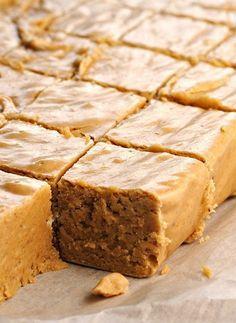 Pumpkin Pie Fudge | Holiday Cottage #pumpkin #fudge #fall #recipe