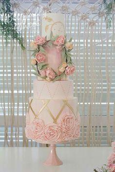 Pink blush rose wedding cake