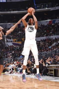 Kevin Durant Pictures and Photos Kevin Durant Basketball, Basketball Court, Nba Wallpapers, Sport Inspiration, Nba Stars, Michael Jordan, All Star, Queen, Staples Center