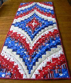 18 delightful table runner bargello table runner wall hanging quilt rh pinterest com