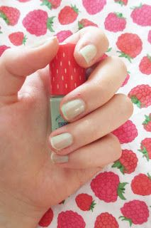 Rosalie & Violetta: Etude House [Berry Delicious] Play Nail #2 #10 #6  #etudehouse #Beauty #Makeup #cosmetic #skincare