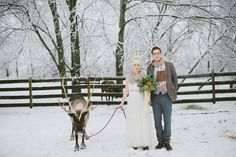 Cozy Winter Wedding - don't you just adore this? | Green Wedding Shoes