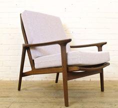 Vintage-Guy-Rogers-African-Teak-Easy-Chair-Armchair-1960s-Retro