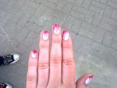 Cameneon  Bloody manicure