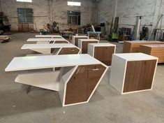 Newest office table solid surface laptop desk Office Table Design, Office Furniture Design, Office Interior Design, Office Interiors, Modern Furniture, Modern Office Table, Counter Design, Solid Surface, High Gloss