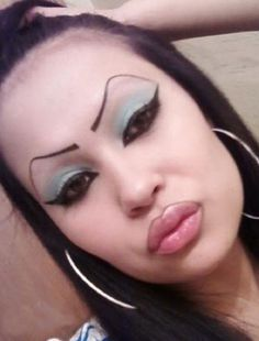 Worst Eyebrows Ever! Funny Eyebrows, Bad Eyebrows Fashion fails, bad makeup, terrible makeup, bad plastic surgery, funny pictures, stupid eyebrows, ghetto eyebrows, ghetto humor, WTF,  horrible, bad tattoos, worst tattoos, awkward family photos, bad family photos, ellen, funny hairstyles, bad hair, worst hairstyles, unubrow