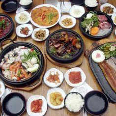 The spread at Insadong Keunjip in Seoul, Korea! (인사동큰집) Love shopping in Insadong Korean kimchi.