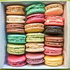 I had these in Vegas .... I ate every color and flavor. I gained a few pounds. :)