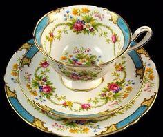 7 das Artes: Xícaras de Chá com flores, absolutamente lindas!!!