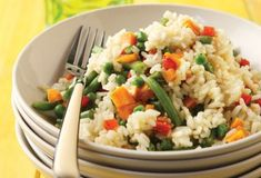 Rice with vegetables from Argiro Vegetable Rice, Food Categories, Fried Rice, Risotto, Kai, Grains, Food And Drink, Vegetarian, Healthy Recipes