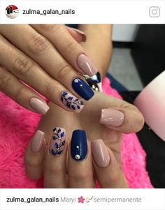 Uñas Manicure Colors, Gel Manicure, Nail Colors, Simple Nail Art Designs, Acrylic Nail Designs, Acrylic Nails, Glam Nails, Toe Nails, Royal Blue Nails