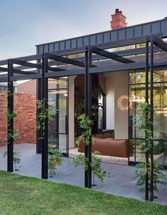 18 PERGOLE PER LA BELLA STAGIONE - Design Therapy Outdoor Areas, Outdoor Rooms, Outdoor Pergola, Outdoor Kitchens, Outdoor Structures, Recycled Brick, Casa Loft, Edwardian House, Outdoor Entertaining