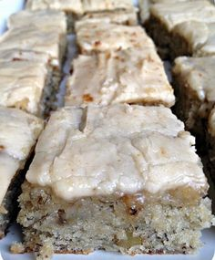 Banana Bread Bars with Brown Butter Frosting  | foodgio