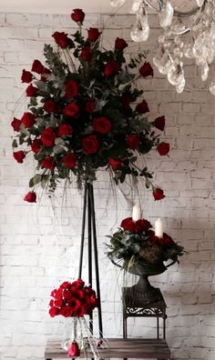 #red rose pedestal