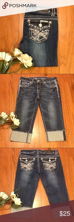 NWOT 🌺 Miss Chic Denim Capris Size 3 Miss Chic denim capris, NWOT, size 3, with white stitching, bling on front with clear and silver type rhinestones, great style on back pockets with silver and clear type rhinestones, button and zipper closure, approx length 25 inches long, inseam 18 inches. Bundle to save 15% off your purchase of 2 or more items from my closet! Miss Chic Jeans Ankle & Cropped