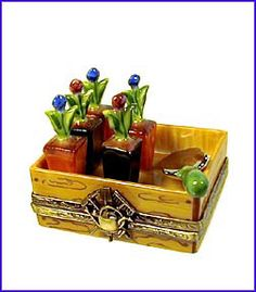 Limoges box- garden flat w/removable trowel... really love this one!