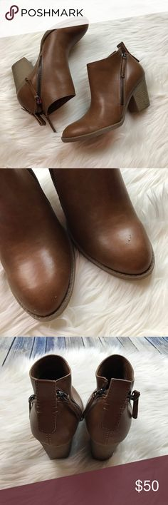 """Dolce Vita Cognac Side Zipper Heel Ankle Booties Adorable cognac tan booties! They have been very gently used and show just a little bit of wear. Zippers on both sides. 2.5"""" heel. There are a few small scuffs/picks on them that you can see in the photos. These are small marks. The shoes are otherwise great! They do not come with a box. Dolce Vita Shoes Ankle Boots & Booties"""
