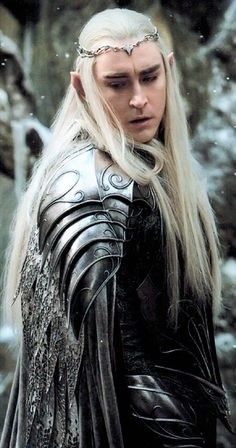 Lee Pace as Thranduil is exactly what I pictured for Tamlin, Lord of the Spring . Lee Pace as Thra Tauriel, Legolas Und Thranduil, Lee Pace Thranduil, Aragorn, Gandalf, The Hobbit Movies, O Hobbit, Lord Of Rings, Mirkwood Elves