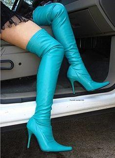 color turquesa, Boots.