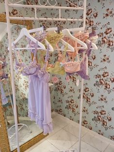 Lingerie - Pastel Factor, The Little Vicious Lingerie Retro, Pretty Lingerie, Beautiful Lingerie, Pastel Floral, Pastel Colors, Ropa Shabby Chic, Pastel Fashion, Kawaii Fashion, Fairy Clothes