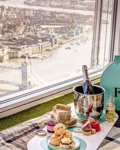 | ROAR VIBE LONDON | Afternoon Tea. Pin via - http://www.cntraveler.com/galleries/2015-06-25/best-high-teas-london-the-shard-claridges-fortnum-mason/