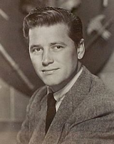 Gordon MacRae  –  actor and singer, best known for his roles in the film versions of two Rodgers and Hammerstein musicals, Oklahoma! Description from pinterest.com. I searched for this on bing.com/images