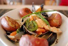Georgie's Restaurant - Twillingate Tourism, Newfoundland, Canada