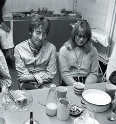 Rare images of The Beatles - Photo 1 - Pictures - CBS News